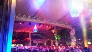 Licht - Geluid - Tent en Decoratie tijdens Kermis